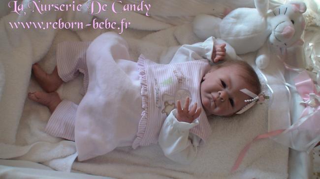bebe reborn fille susy. Black Bedroom Furniture Sets. Home Design Ideas